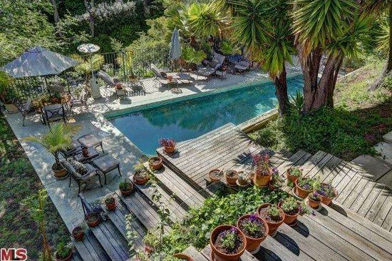 High-end Property Flip in Hollywood Hills
